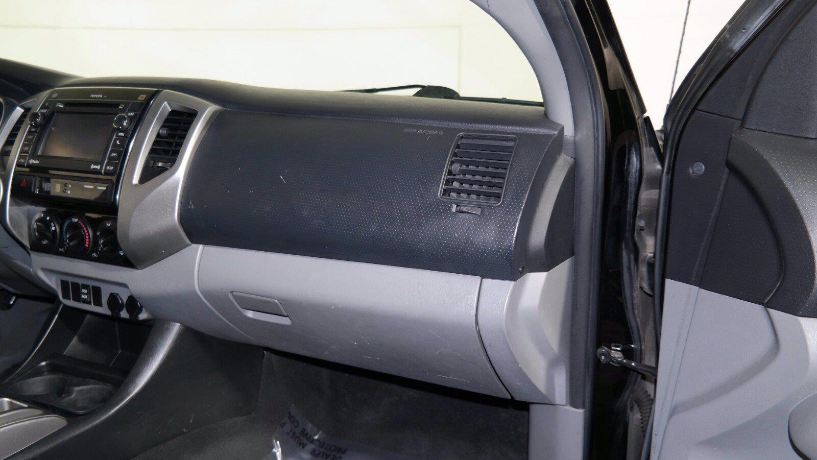 2012 Toyota Tacoma 4x4, Pickup #FLU101191 - photo 12