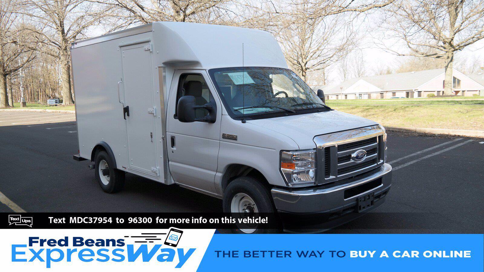 2021 Ford E-350 4x2, Supreme Cutaway Van #FLU10176 - photo 1