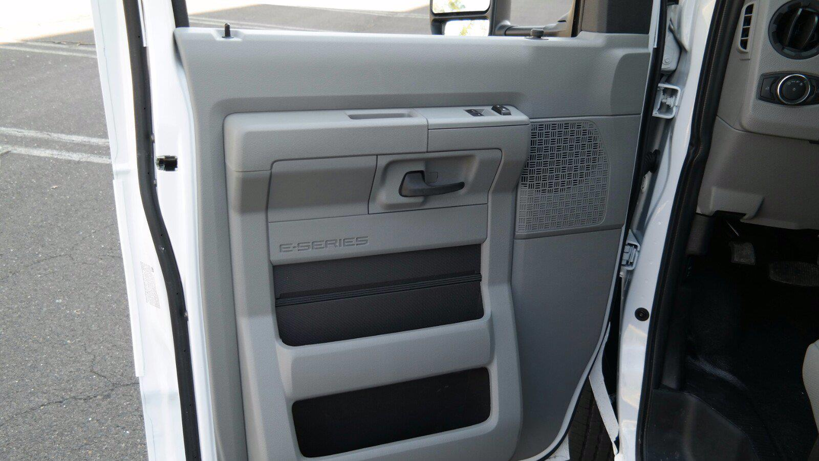 2021 Ford E-350 4x2, Supreme Spartan Cargo Cutaway Van #FLU10176 - photo 13
