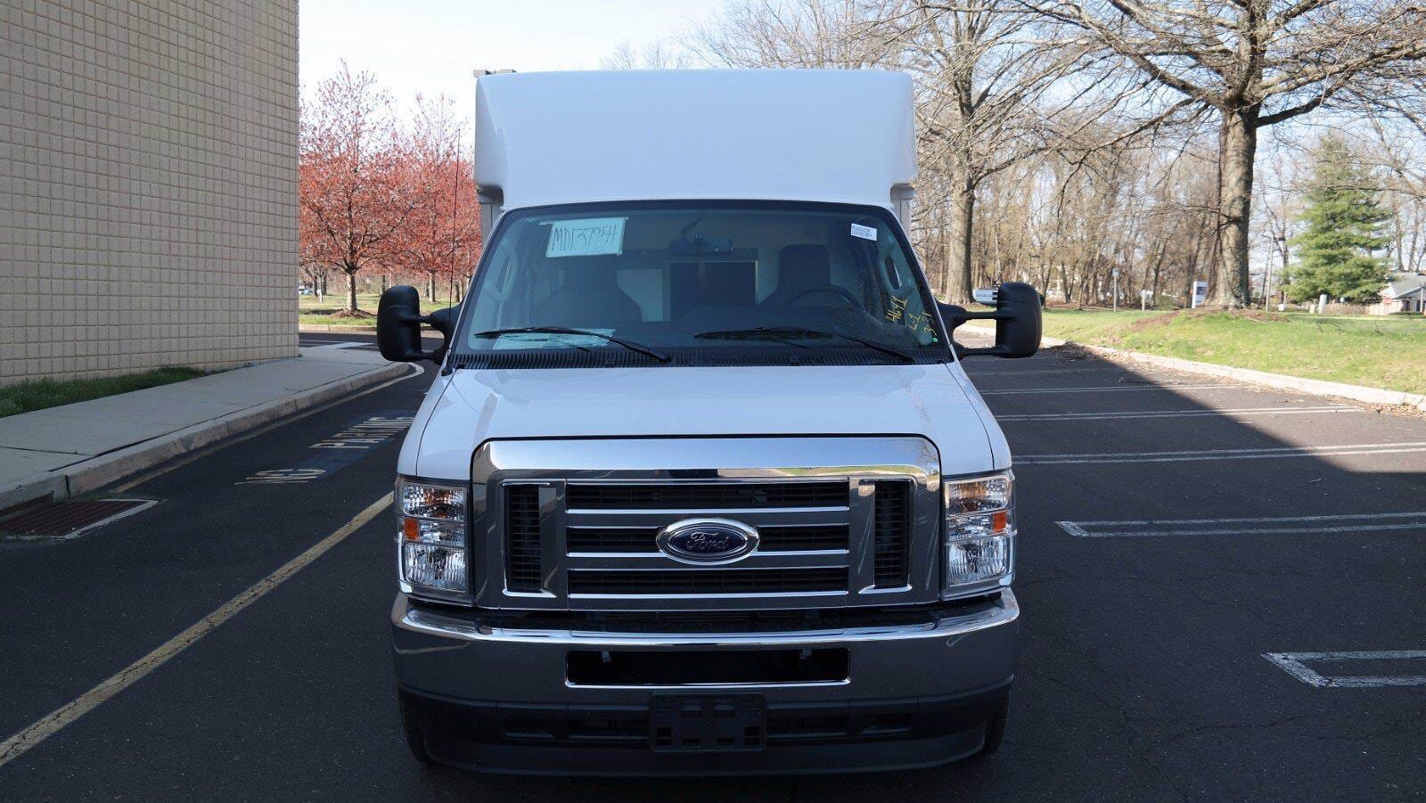 2021 Ford E-350 4x2, Supreme Spartan Cargo Cutaway Van #FLU10176 - photo 3