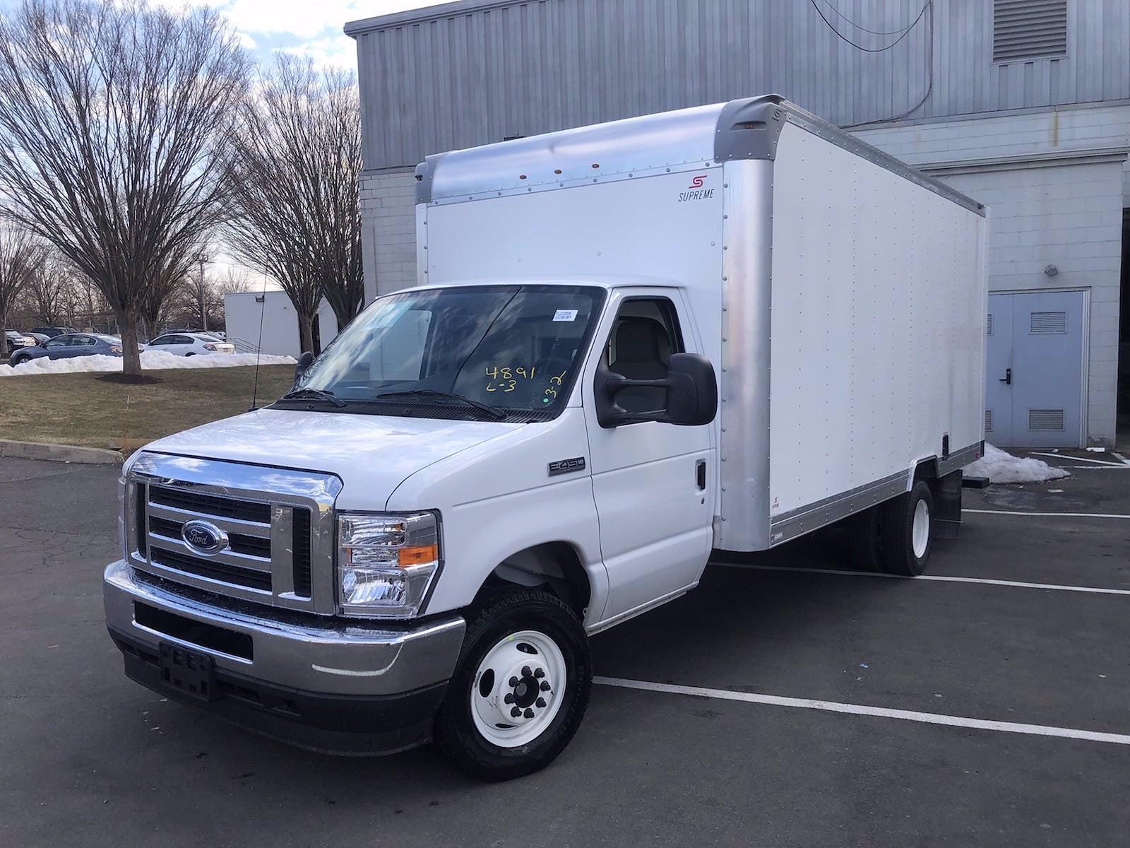 2022 Ford E-450 4x2, Supreme Iner-City Cutaway Van #FLU10209 - photo 4