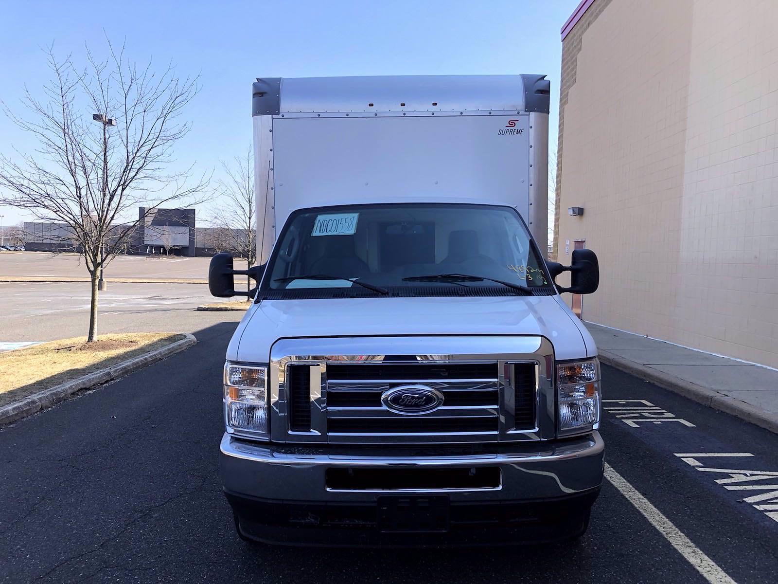 2022 Ford E-450 4x2, Supreme Iner-City Cutaway Van #FLU10210 - photo 3