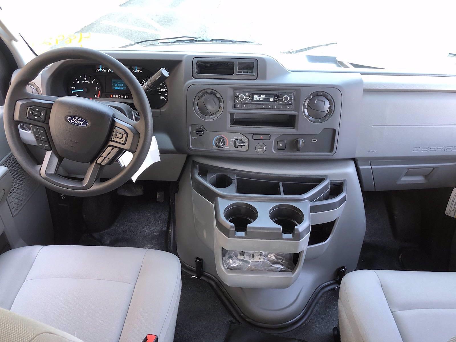 2022 Ford E-450 4x2, Supreme Iner-City Cutaway Van #FLU10210 - photo 6