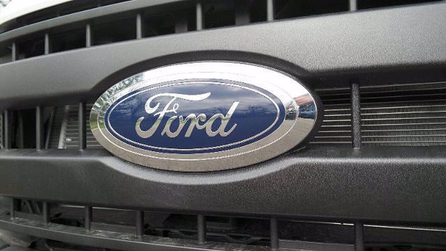2021 Ford F-550 Crew Cab DRW 4x4, Reading SL Service Body #FLU10281 - photo 6