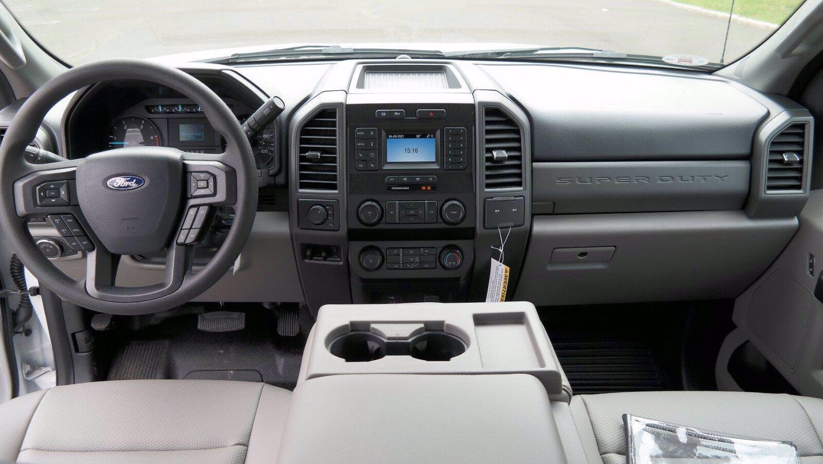 2021 Ford F-550 Crew Cab DRW 4x4, Reading SL Service Body #FLU10281 - photo 24
