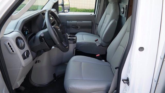 2021 Ford E-350 4x2, Morgan Parcel Aluminum Cutaway Van #FLU10282 - photo 14