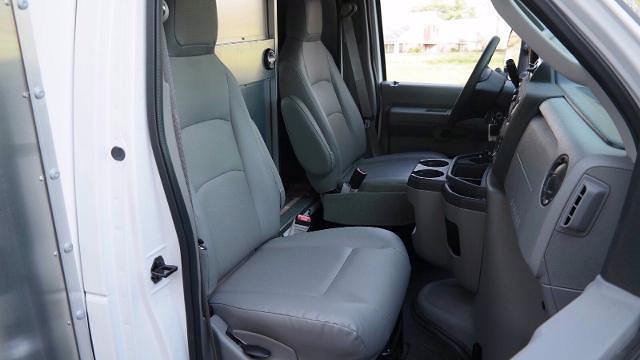 2021 Ford E-350 4x2, Morgan Parcel Aluminum Cutaway Van #FLU10282 - photo 6