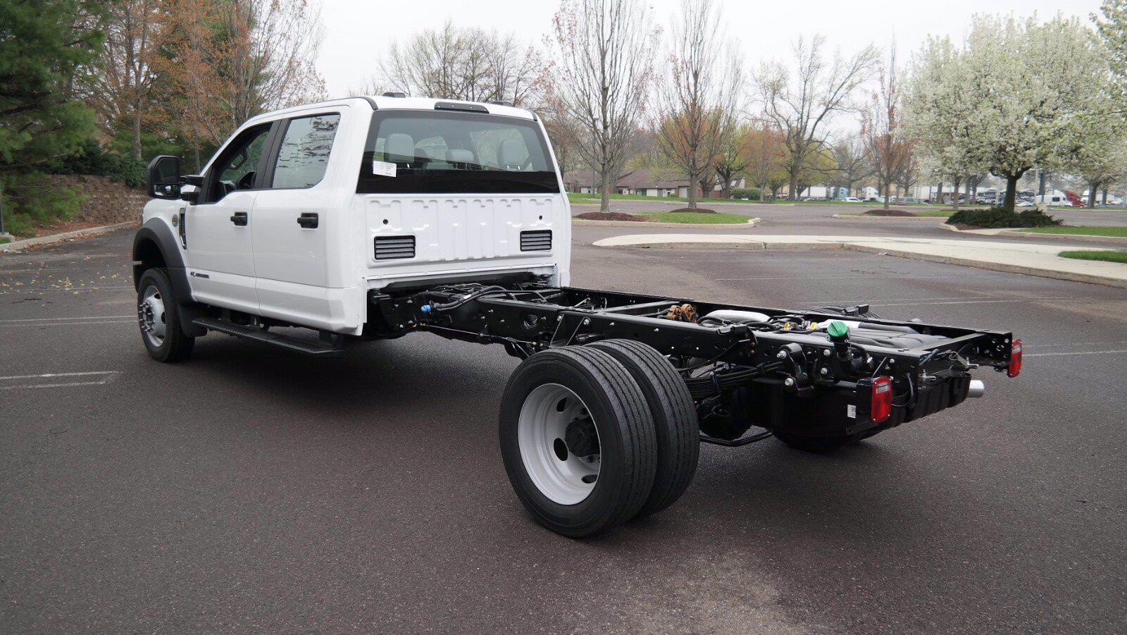2021 Ford F-550 Crew Cab DRW 4x4, Cab Chassis #FLU10311 - photo 7