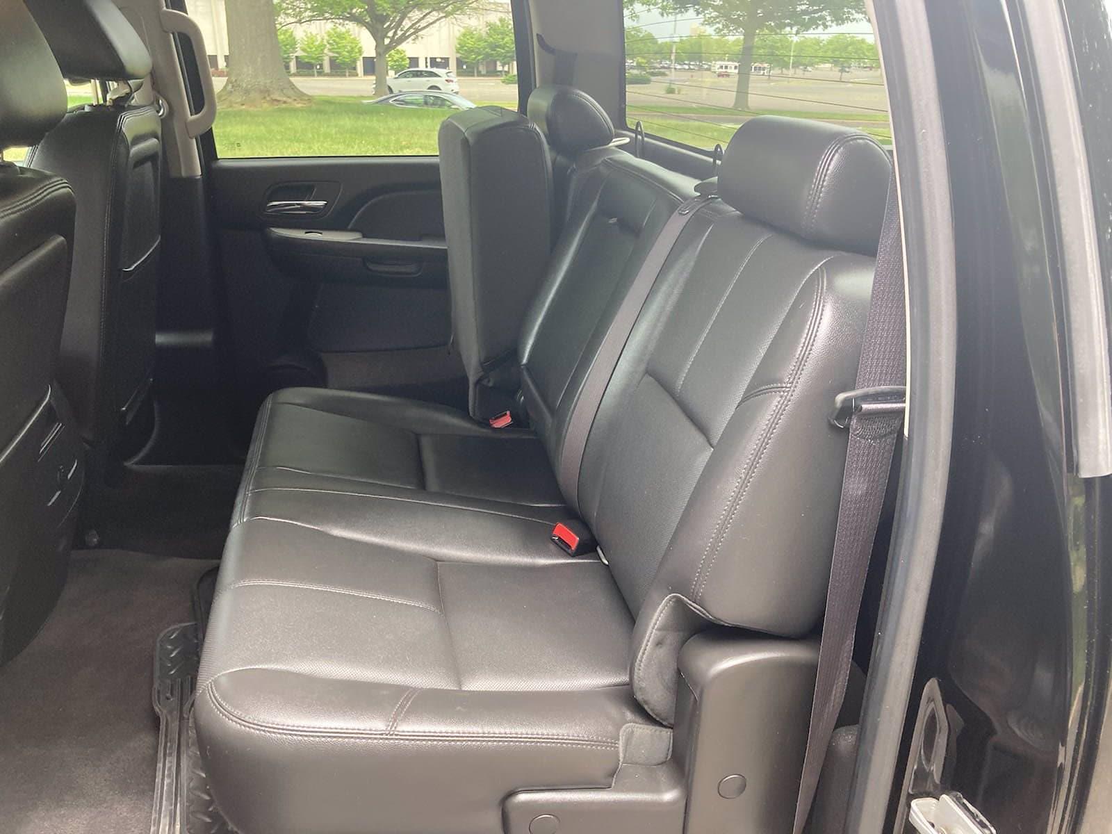 2014 Chevrolet Silverado 3500 Crew Cab 4x4, Pickup #FLU103111 - photo 23