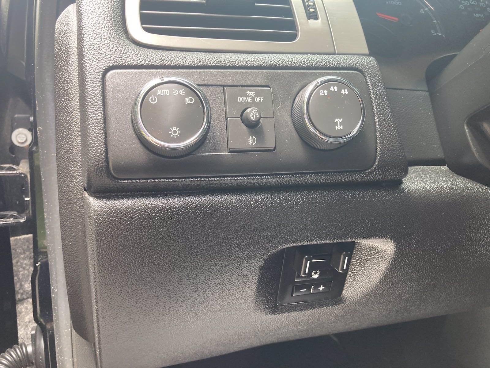 2014 Chevrolet Silverado 3500 Crew Cab 4x4, Pickup #FLU103111 - photo 7