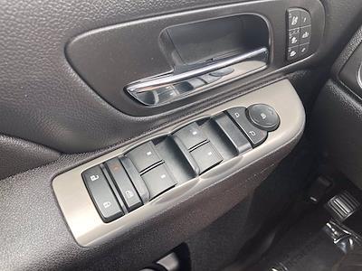 2014 Chevrolet Silverado 3500 Crew Cab 4x4, Pickup #FLU103111 - photo 28