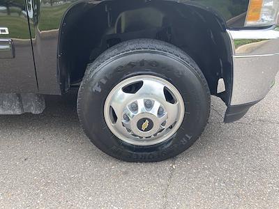 2014 Chevrolet Silverado 3500 Crew Cab 4x4, Pickup #FLU103111 - photo 9