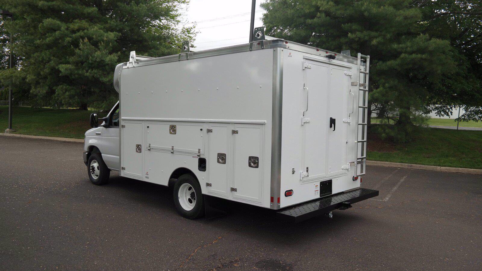 2022 Ford E-350 4x2, Supreme Spartan Cargo Cutaway Van #FLU10360 - photo 8