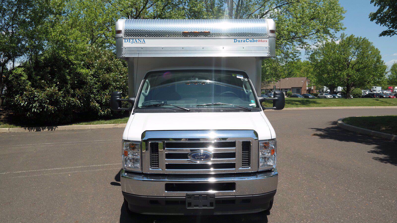 2022 Ford E-450 4x2, Dejana DuraCube Max Service Utility Van #FLU10362 - photo 3