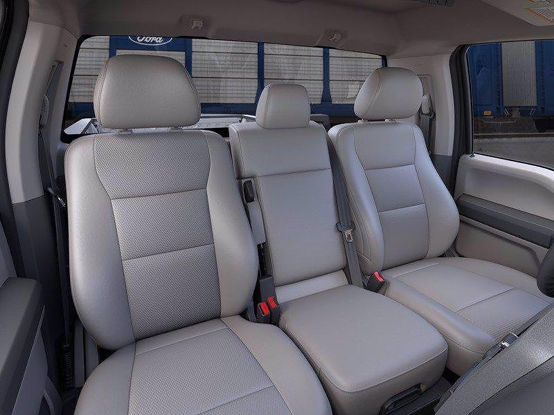 2021 Ford F-250 Regular Cab 4x4, Pickup #FLU10411 - photo 32
