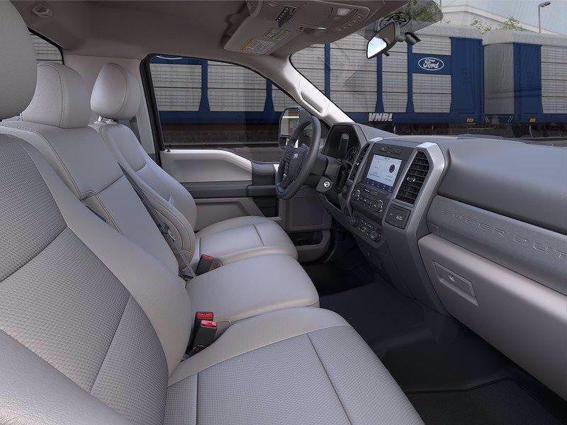 2021 Ford F-250 Regular Cab 4x4, Pickup #FLU10411 - photo 33