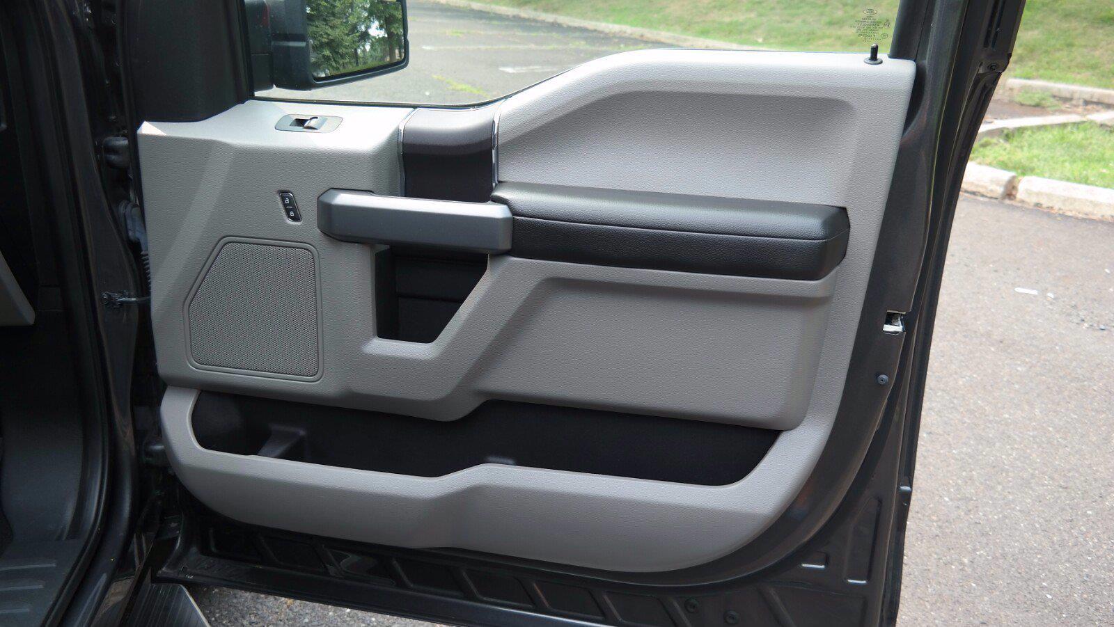 2019 Ford F-150 SuperCrew Cab 4x4, Pickup #FLU104301 - photo 24