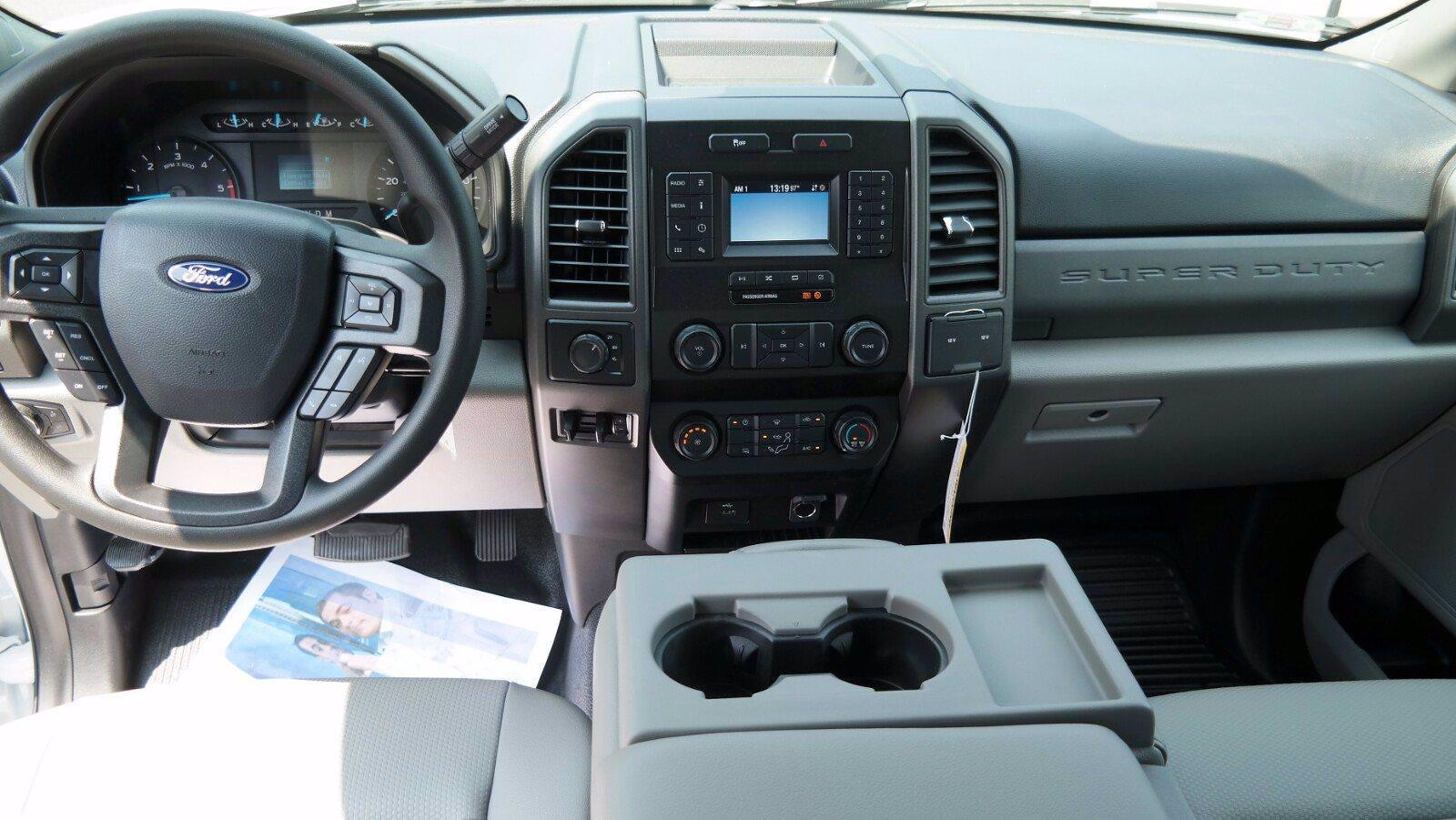 2021 Ford F-350 Super Cab DRW 4x4, Reading Panel Service Body #FLU10469 - photo 29