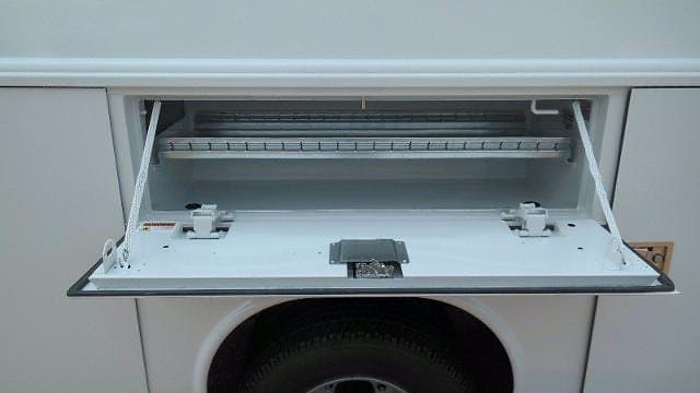 2021 Ford F-350 Super Cab DRW 4x4, Reading Panel Service Body #FLU10469 - photo 9