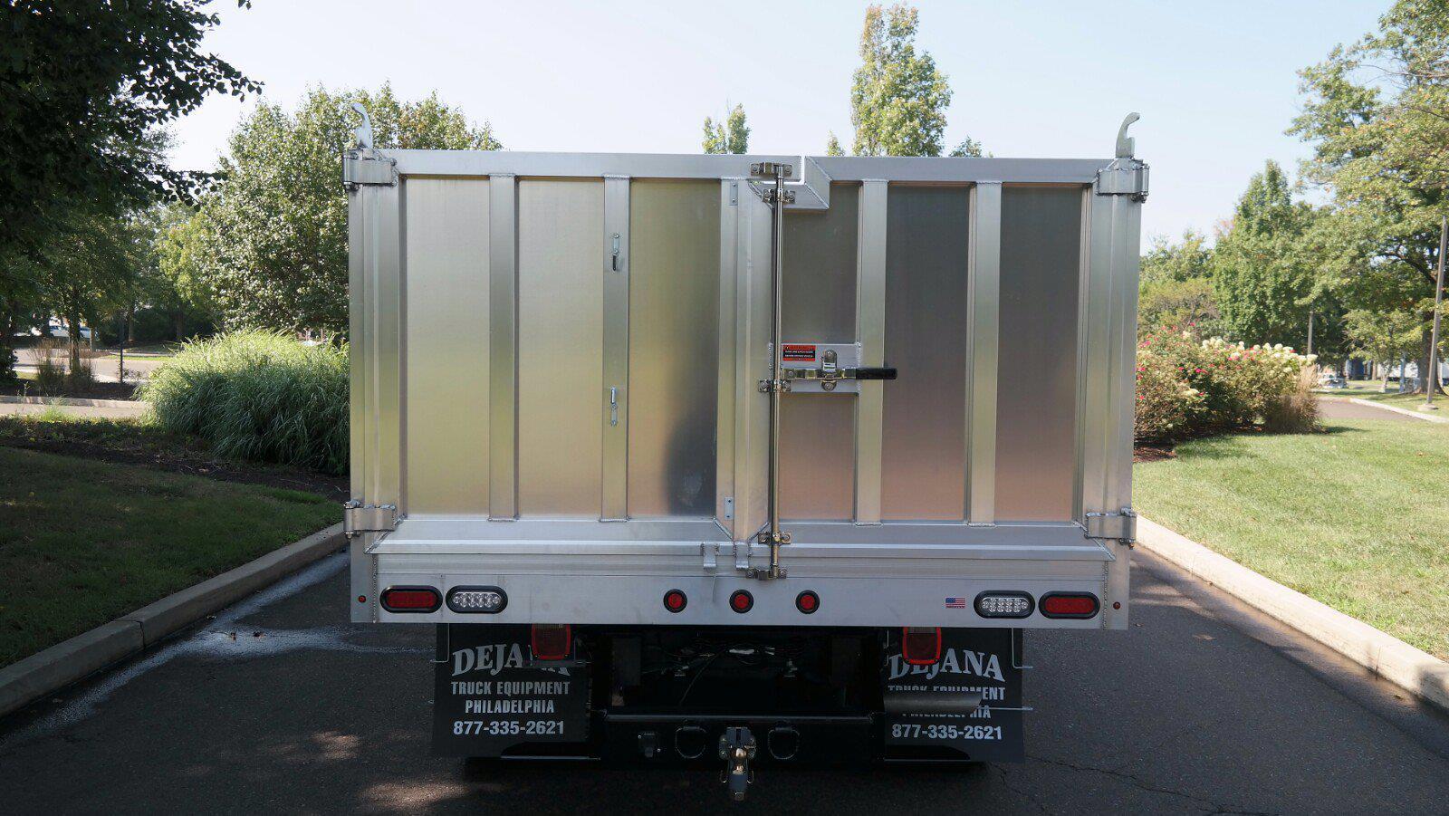 2021 F-450 Super Cab DRW 4x4,  Dejana Truck & Utility Equipment MAXScaper Landscape Dump #FLU10490 - photo 6