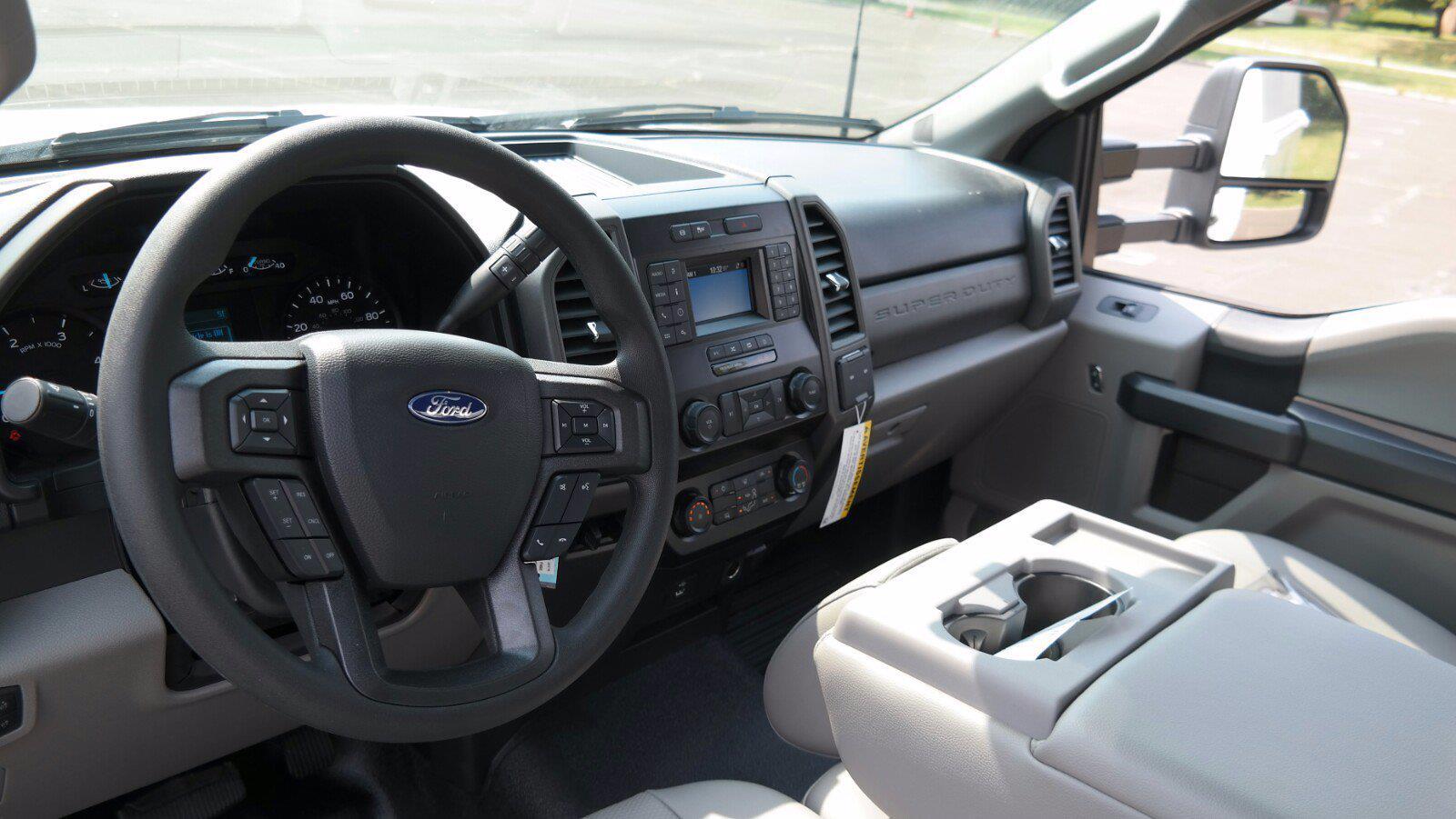 2021 F-450 Regular Cab DRW 4x4,  Reading Panel Service Body #FLU10563 - photo 32