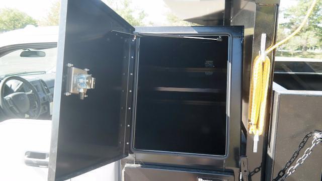 2021 F-550 Regular Cab DRW 4x4,  Dump Body #FLU10609 - photo 7