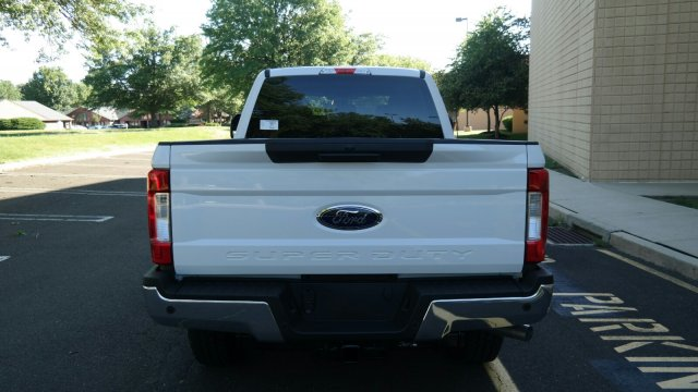 2019 F-250 Crew Cab 4x4,  Pickup #FLU34798 - photo 11