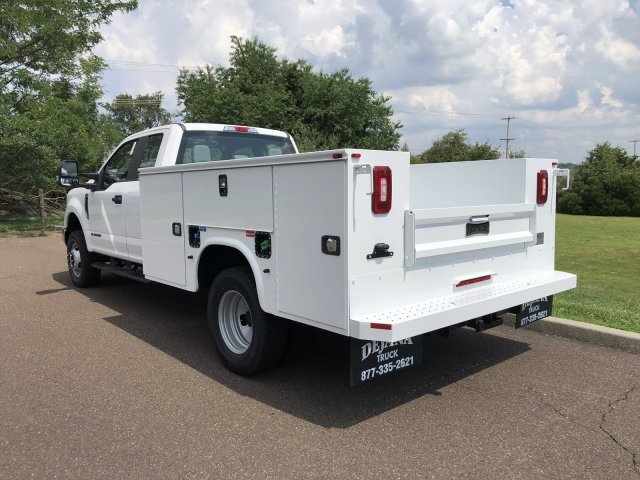 2019 F-350 Super Cab DRW 4x4, Knapheide Standard Service Body #FLU35061 - photo 2