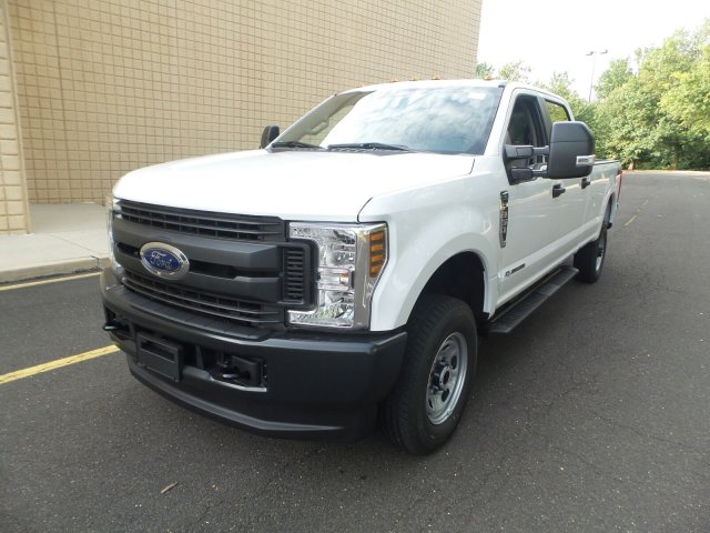 2019 F-350 Crew Cab 4x4,  Pickup #FLU35109 - photo 5