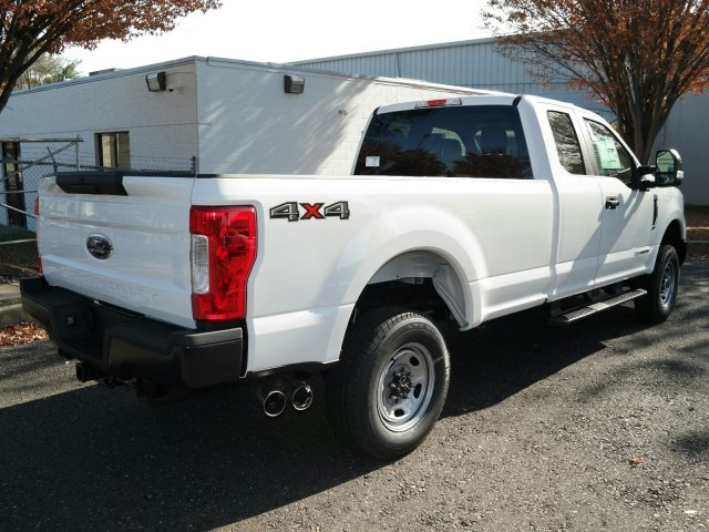 2019 F-250 Super Cab 4x4, Pickup #FLU35266 - photo 2