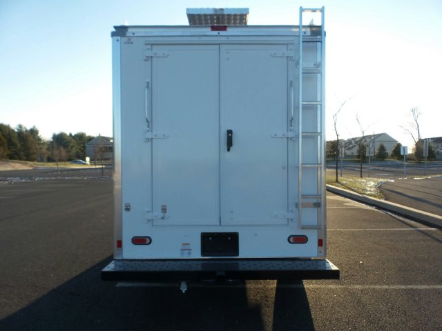 2019 E-350 4x2, Service Utility Van #FLU35295 - photo 7