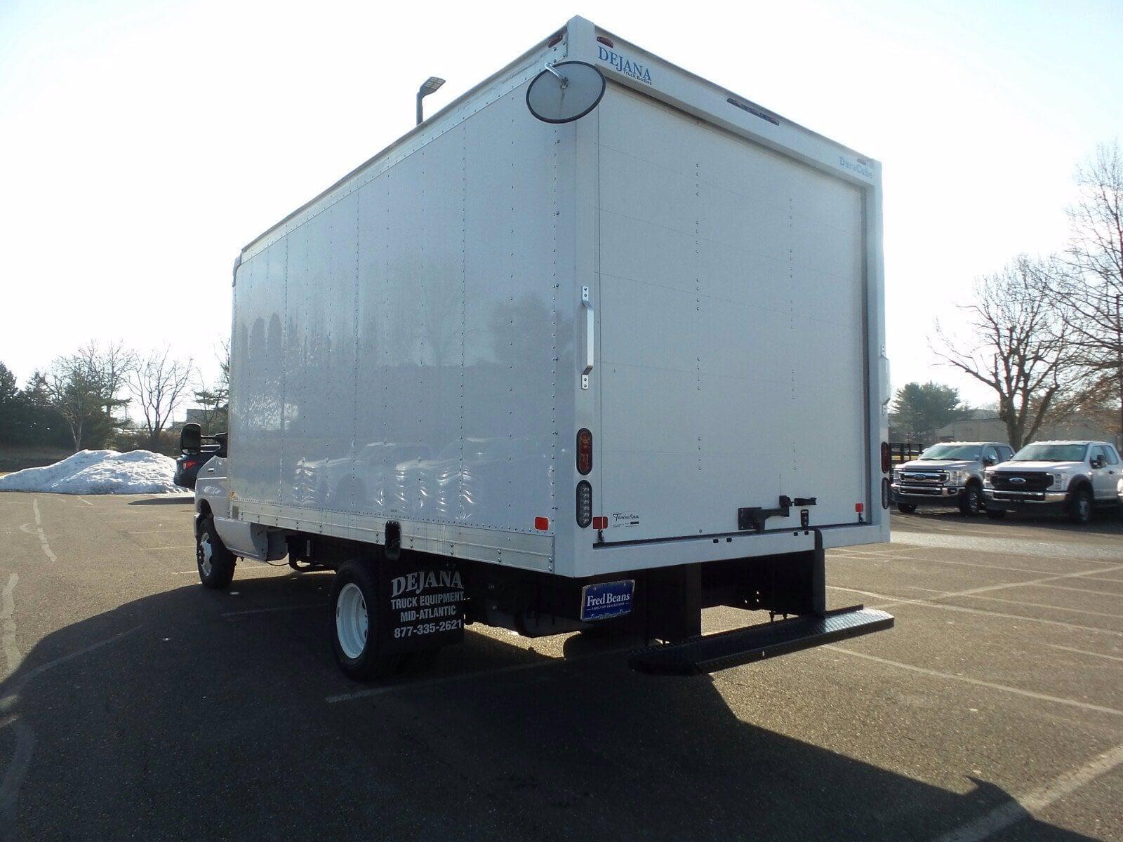 2021 Ford E-350 4x2, Cutaway Van #FU1095 - photo 1