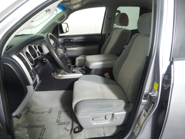 2010 Tundra Double Cab 4x4, Pickup #KL001341 - photo 2