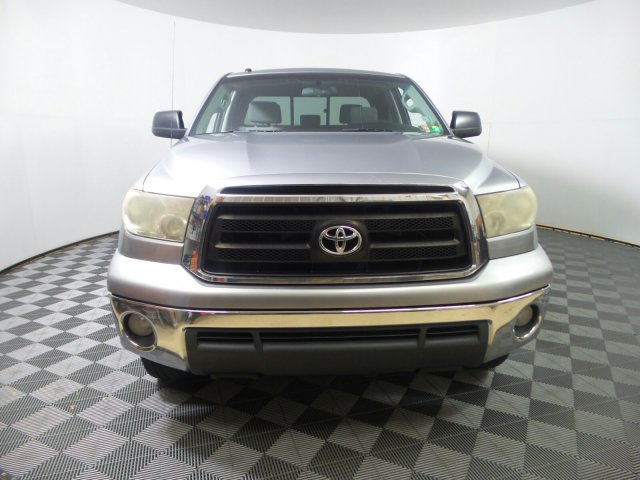 2010 Tundra Double Cab 4x4, Pickup #KL001341 - photo 4