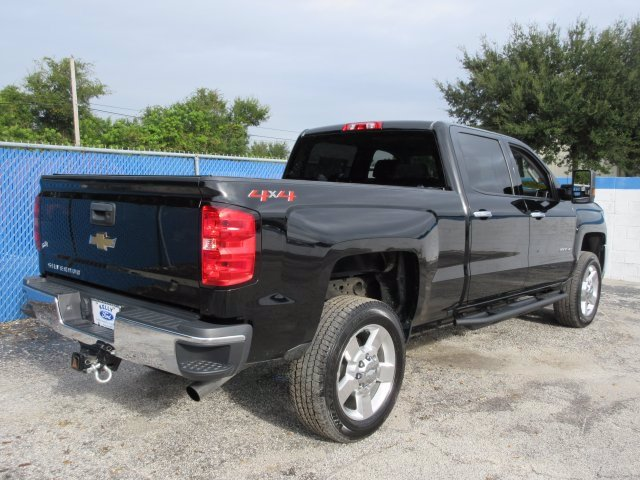 2019 Chevrolet Silverado 2500 Crew Cab 4x4, Pickup #20T695A1 - photo 2