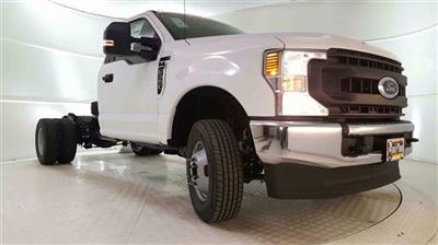 2020 F-350 Regular Cab DRW 4x4, Cab Chassis #200326 - photo 21
