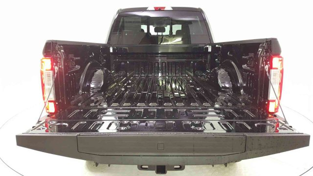 2019 F-250 Crew Cab 4x4, Pickup #94445 - photo 26