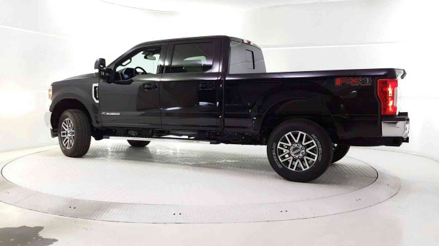 2019 F-250 Crew Cab 4x4, Pickup #94445 - photo 4