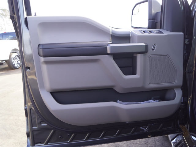 2020 F-150 SuperCrew Cab 4x4, Pickup #FT10357 - photo 16