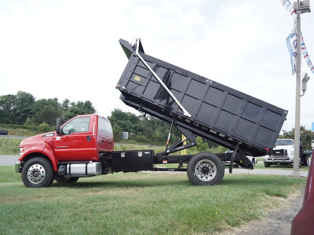 2017 F-750 Regular Cab 4x2, Godwin Roll-Off Body #FT3228 - photo 5