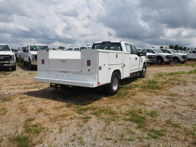 2018 F-350 Crew Cab DRW 4x2,  Reading Service Body #FT6206 - photo 1