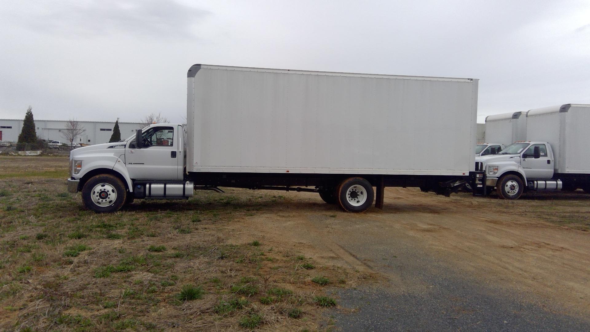 2018 F-650 Regular Cab DRW 4x2, Supreme Signature Van Dry Freight #FT6295 - photo 5