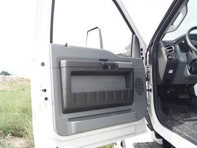 2018 F-650 Regular Cab DRW 4x2, Supreme Signature Van Dry Freight #FT6295 - photo 17