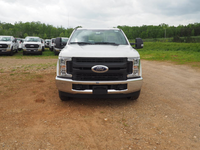 2019 F-250 Regular Cab 4x2,  Cab Chassis #FT8417 - photo 1