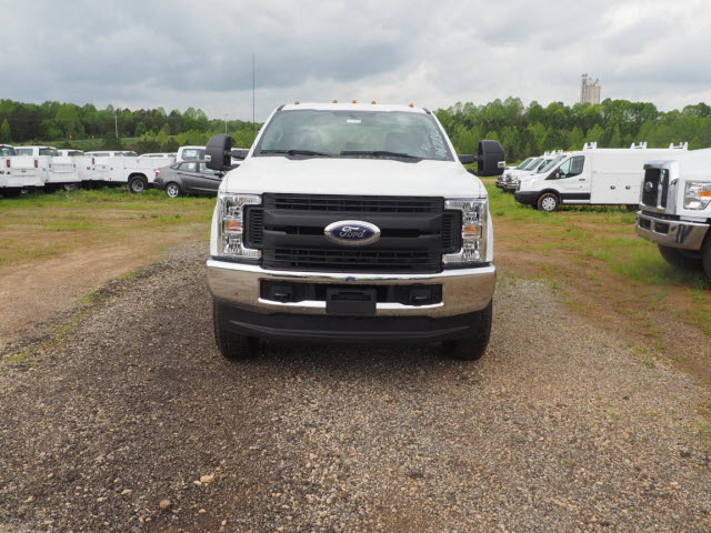 2019 F-350 Crew Cab 4x4,  Cab Chassis #FT8544 - photo 1