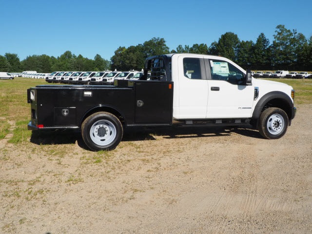 2019 F-450 Super Cab DRW 4x4, CM Truck Beds Platform Body #FT8985 - photo 1