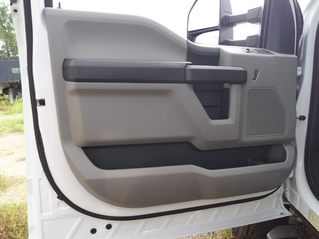 2019 Ford F-450 Regular Cab DRW 4x2, PJ's Platform Body #FT9354 - photo 14