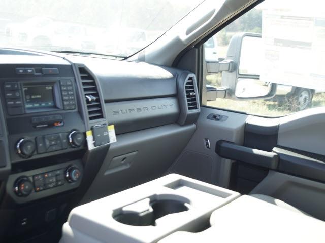 2019 Ford F-550 Super Cab DRW 4x4, Reading SL Service Body #FT9466 - photo 15