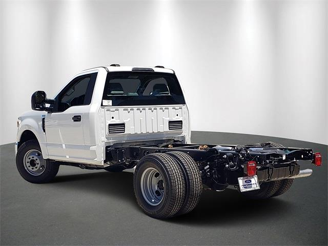 2021 Ford F-350 Regular Cab DRW 4x2, Cab Chassis #MED80289 - photo 1