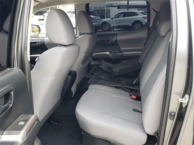 2019 Toyota Tacoma Double Cab 4x2, Pickup #MFA34019A - photo 4